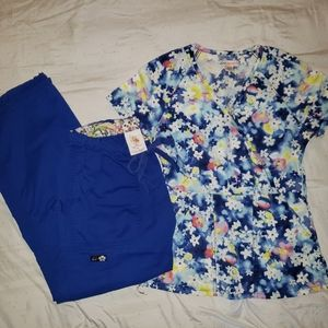 Koi Scrub Set in Royal Blue Top XXsmall Pants XS